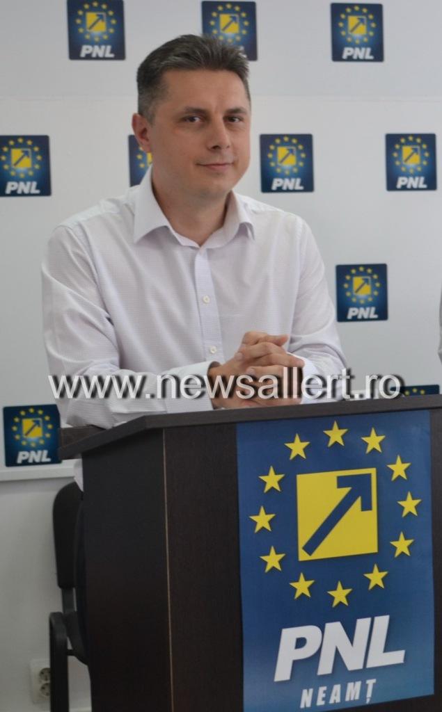 """Cozmanciuc ( președinte PNL Neamț): """"PSD amână rezolvarea crizei de la Spitalul Judeţean doar pentru a-şi ascunde incompetenţa!"""""""