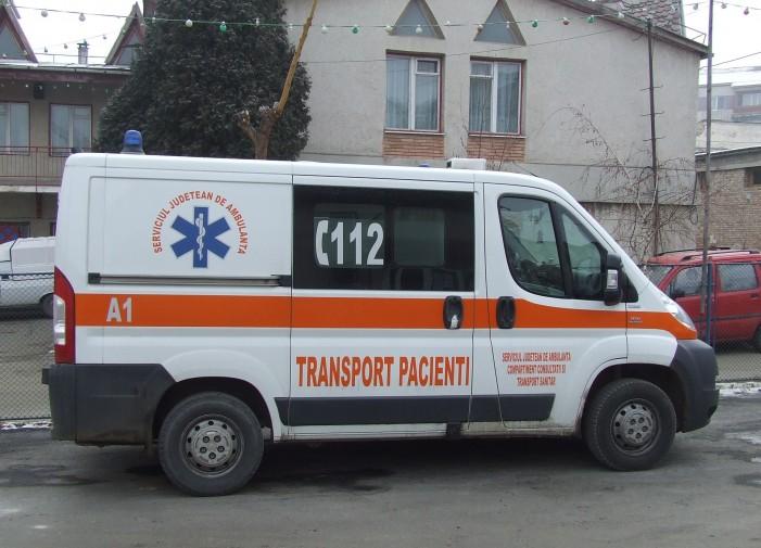 Whisky, bere și femei, Ambulanță, tot ce vrei…. Management suspect la SJA Neamț!