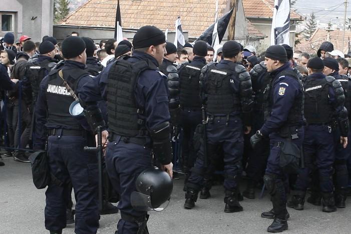 Jandarmii nemțeni sunt la datorie în mini-vacanţa de Anul Nou