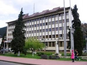 Prefectura Neamţ şi-a publicat raportul pe site