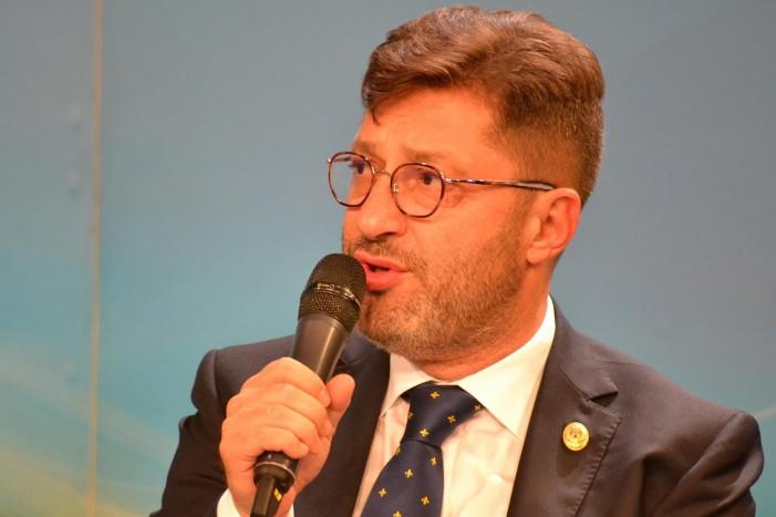 """Liviu Harbuz: """"Nu ne afectează plecările din PSD"""". Cum vor """"digera"""" social-democrații numirea unui om de dreapta în fruntea PSD Piatra Neamț?"""