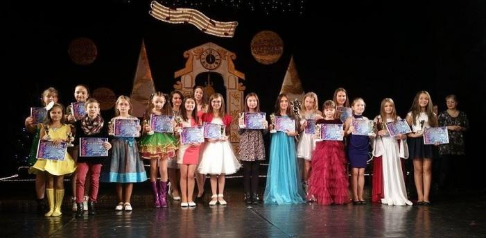 """A căzut cortina peste a VI-a ediție a Festivalului Național pentru Copii și Tineri """"Cântec de Stea"""" (foto)"""