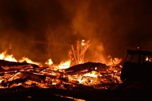 incendiu roznov3
