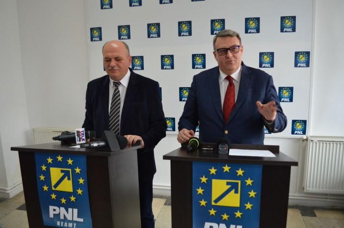 """Liberalii acuză PSD de criza apei din Piatra Neamț! Cuvinte grele: """"sabotaj"""", """"batjocură"""", """"să plece acasă""""! Peste 40 de avarii în 2 luni!!!"""