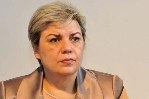 Vicepremierul Sevil Shhaideh vine la Piatra Neamț la invitația președintelui Consiliului Județean Neamț, Ionel Arsene