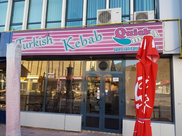 """Turkish Kebab, primul fast-food din Piatra Neamț care oferă mâncare gratuită """"în așteptare""""! Ce înseamnă acest lucru? Te poți implica și tu!"""