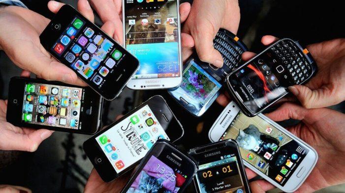Descinderi ale polițiștilor la o casă de amanet din Piatra Neamț! Aici se vindeau telefoanele furate de hoți!