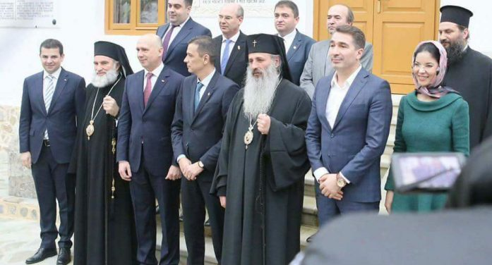 Ce a spus premierul Grindeanu despre vizita la Mănăstirea Agapia! Și premierul Republicii Moldova a făcut o remarcă!