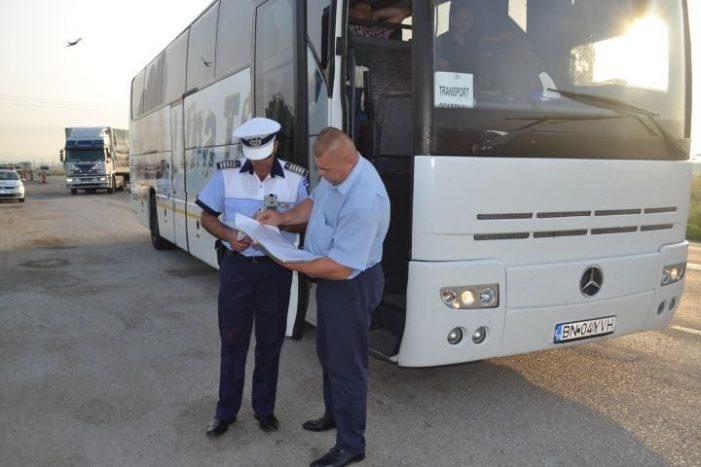 Un șofer de autocar a fost amendat de polițiștii nemțeni cu aproape 1.000 euro! Motivul sancțiunii este inedit!