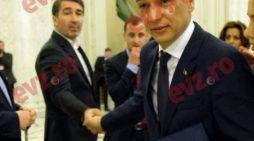 Uite ce miniștri îl însoțesc pe premierul Grindeanu la Piatra Neamț! Au fost stabilite și temele de discuții cu Guvernul Moldovei!