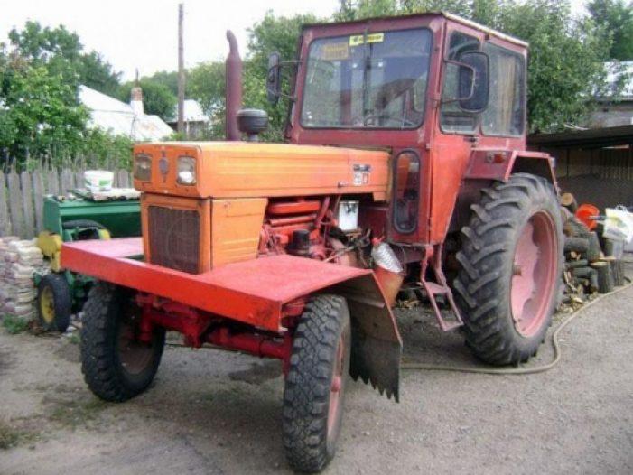 O tractoristă din Dulcești a accidentat un bătrân și apoi a fugit