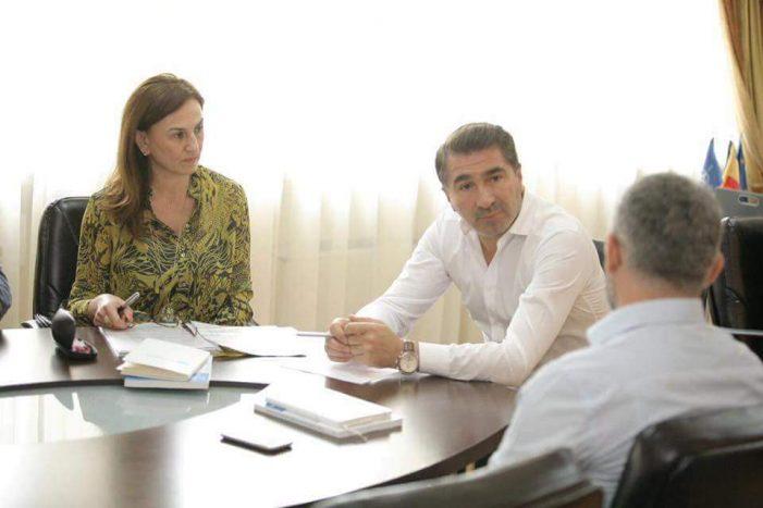 Parteneriat în sprijinul copiilor din centrele de plasament din Neamț