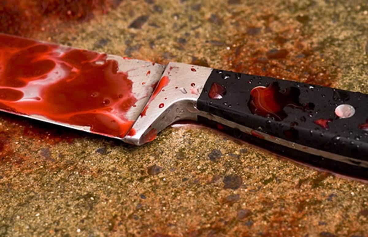 Un tânăr a fost înjunghiat noaptea trecută în centrul municipiului Piatra-Neamț!
