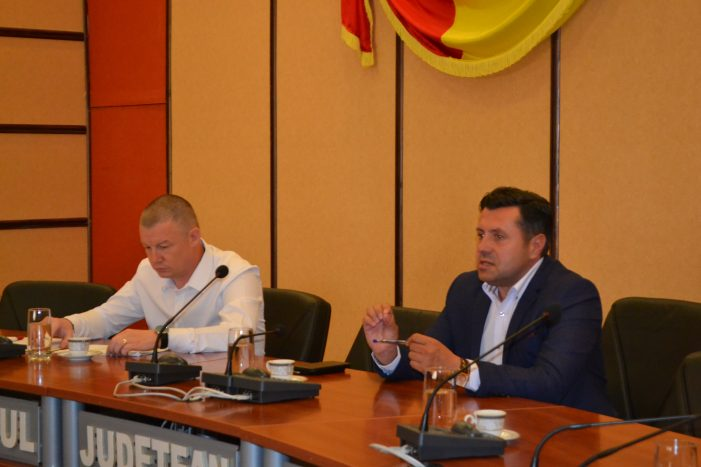 Prefectul Vasile Panaite a găsit soluții pentru detensionarea situației necolectării deșeurilor menajere din Piatra-Neamț