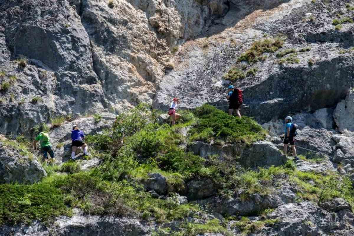 Via Ferrata Astragalus – cel mai lung traseu montan de specialitate din România a fost inagurat în Cheile Șugăului