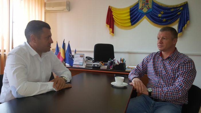 Prefectul Vasile Panaite se implică în problema asociațiilor cu datorii către Brantner! A reușit deblocarea situației!
