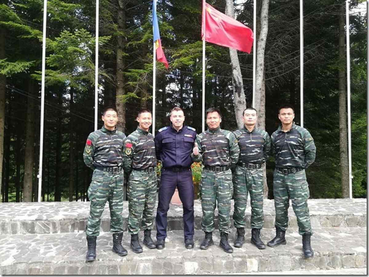 Jandarm nemțean, școlit în arte marțiale de instructori din China