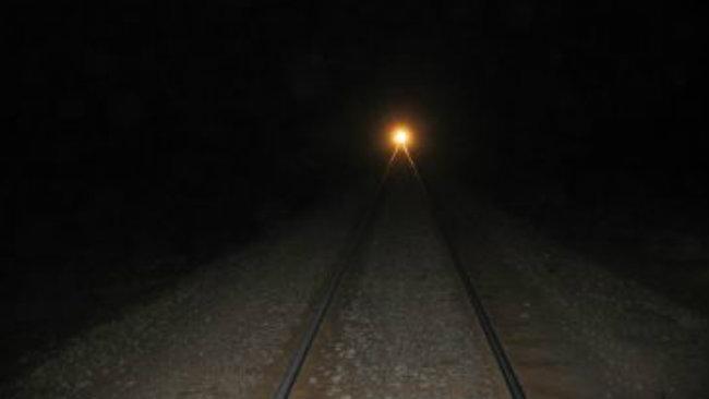 O femeie din Roznov s-a așezat de 2 ori în fața trenului! Deznodământul este neașteptat!