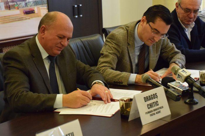 Răzvan Burleanu promite gazon sintetic nou pe stadionul din Piatra-Neamț