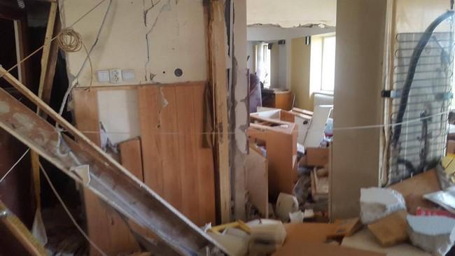 Explozie într-un apartament din cartierul Precista – Piatra Neamț!