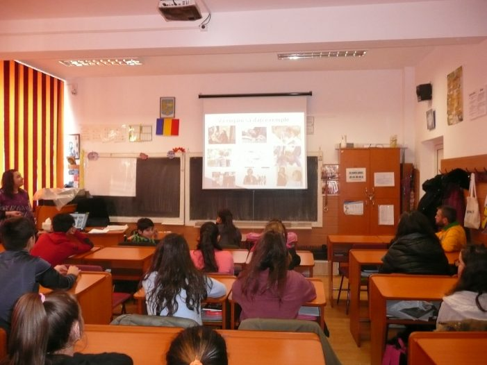Drepturile copilului și prevenirea abuzurilor, pe înțelesul elevilor Școlii Elena Cuza Piatra Neamț